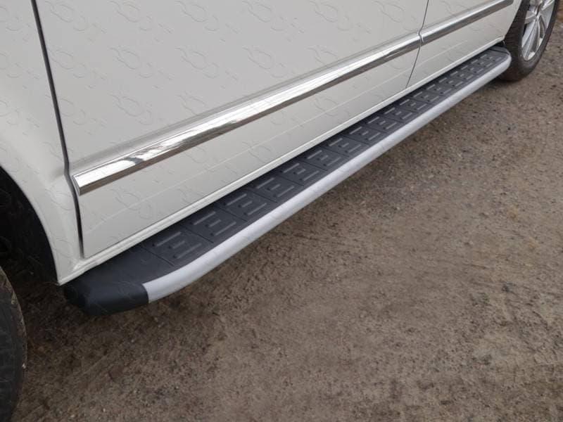 Пороги алюминиевые с пластиковой накладкой 2120 мм для Volkswagen Multivan (2015-2018) № VWMULT15-13AL