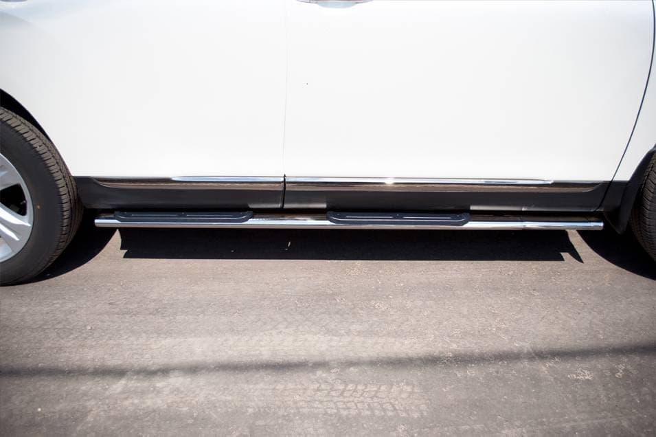 Пороги труба d75х45 овал с накладками Toyota Highlander (2010-2013) № THO-000739